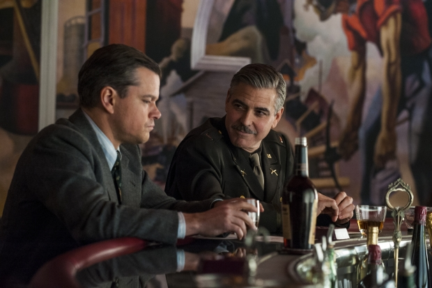 Monuments Men - Szenen - 03 James (Matt Damon), George (George Clooney)